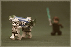 Star wars underlings stealing from Luke Skywalker.